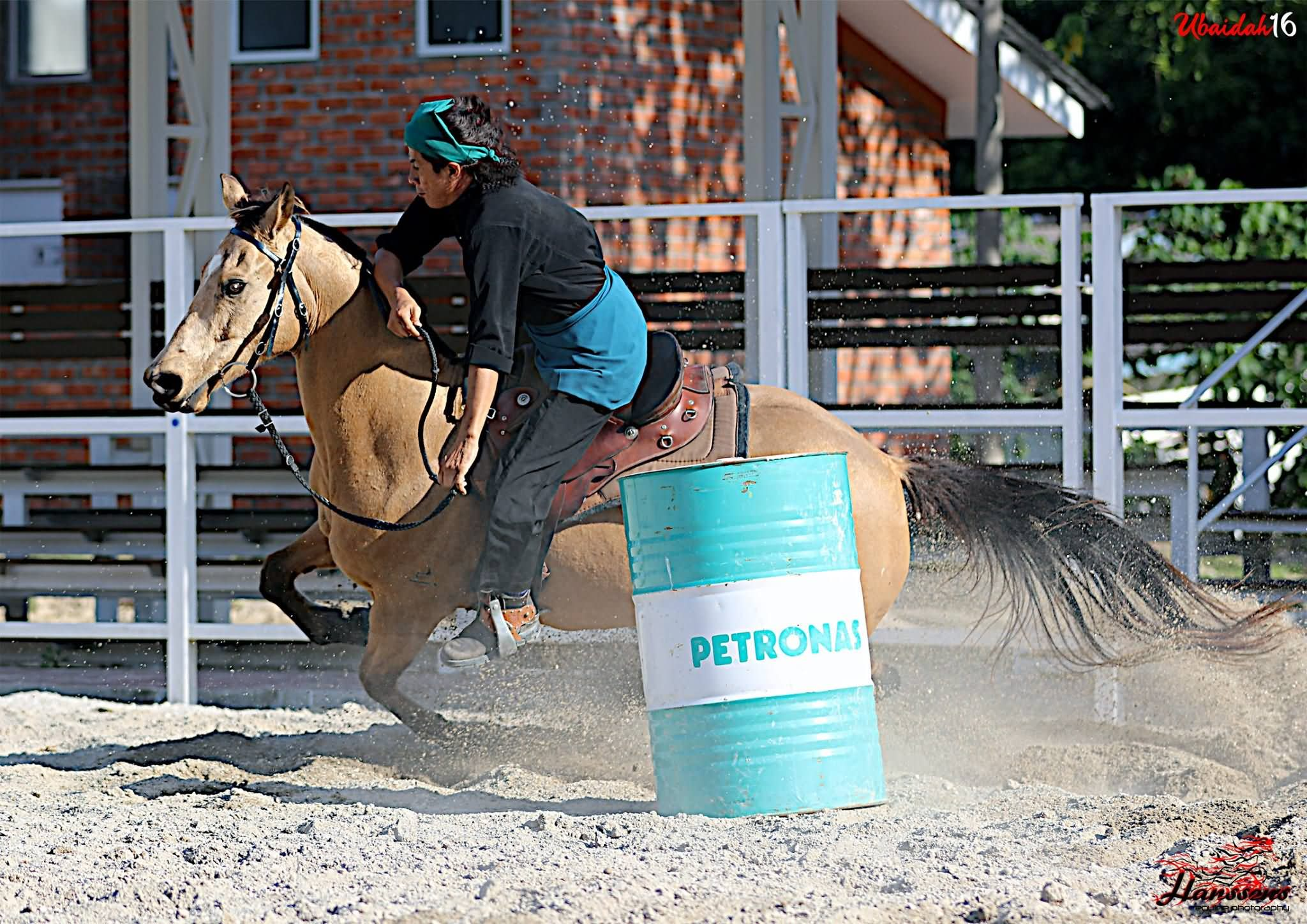 Barrel Racing (i)-langkawihorses